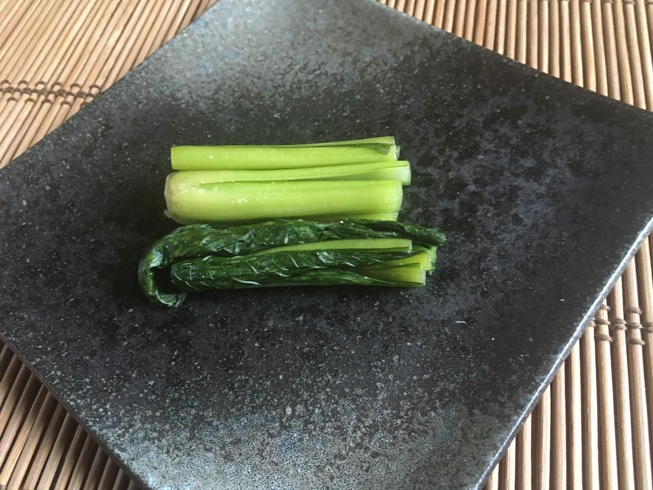 漬け終わった小松菜のぬか漬け