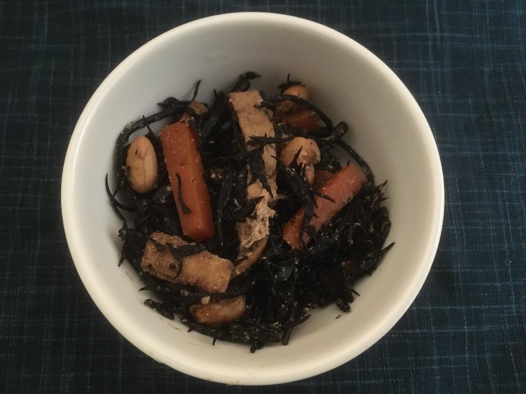 米ぬかを使ったひじきの煮物①