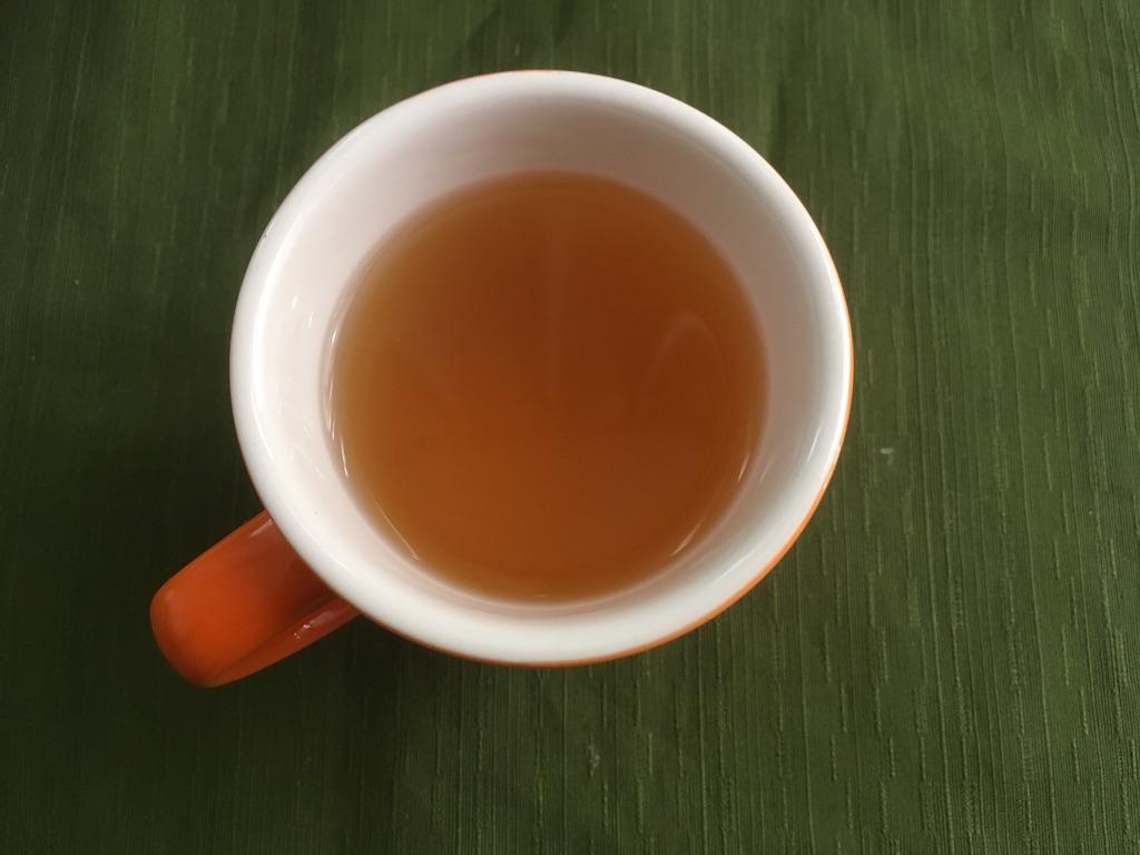 湯呑に入れた米ぬかのお茶